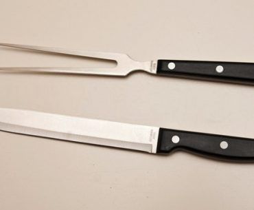 carving-knife